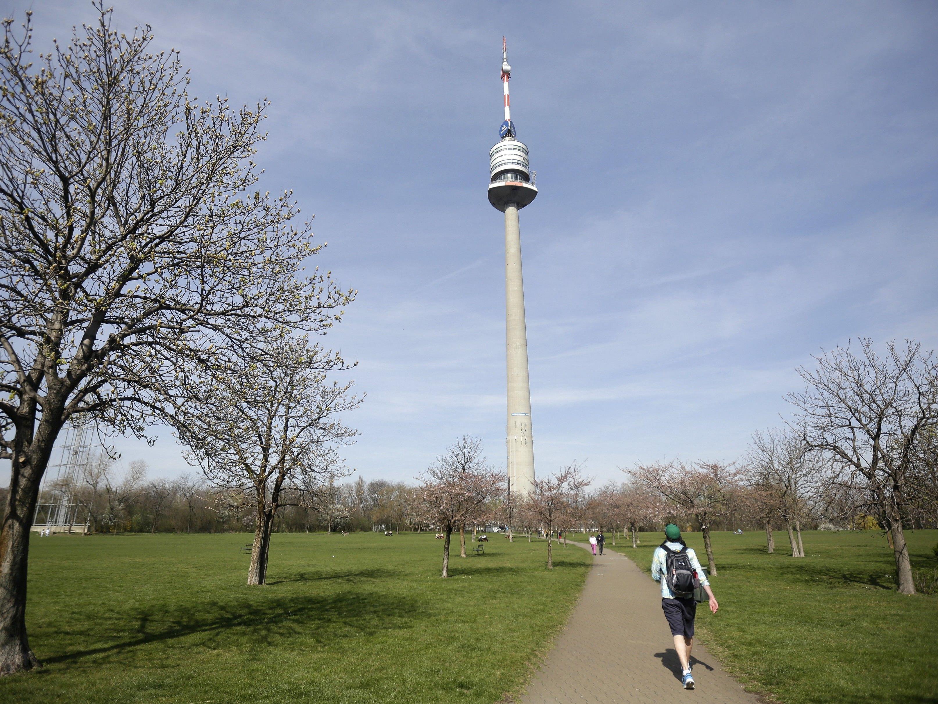 Im Donaupark wird an den Wochenende kulturelle Unterhaltung geboten.