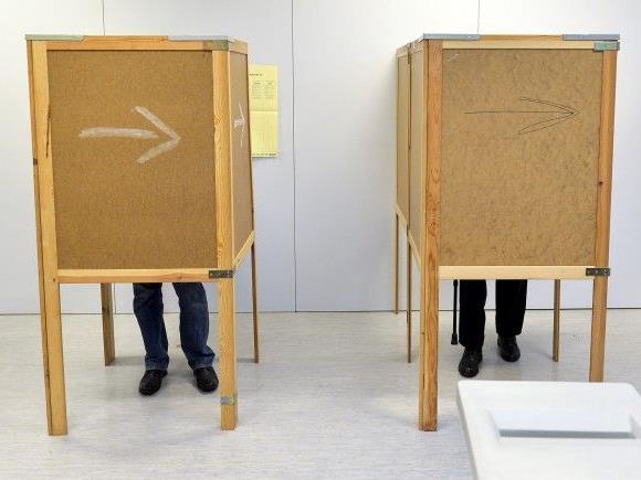 NR-Wahl: Parteien sind nun auf Unterschriften angewiesen.