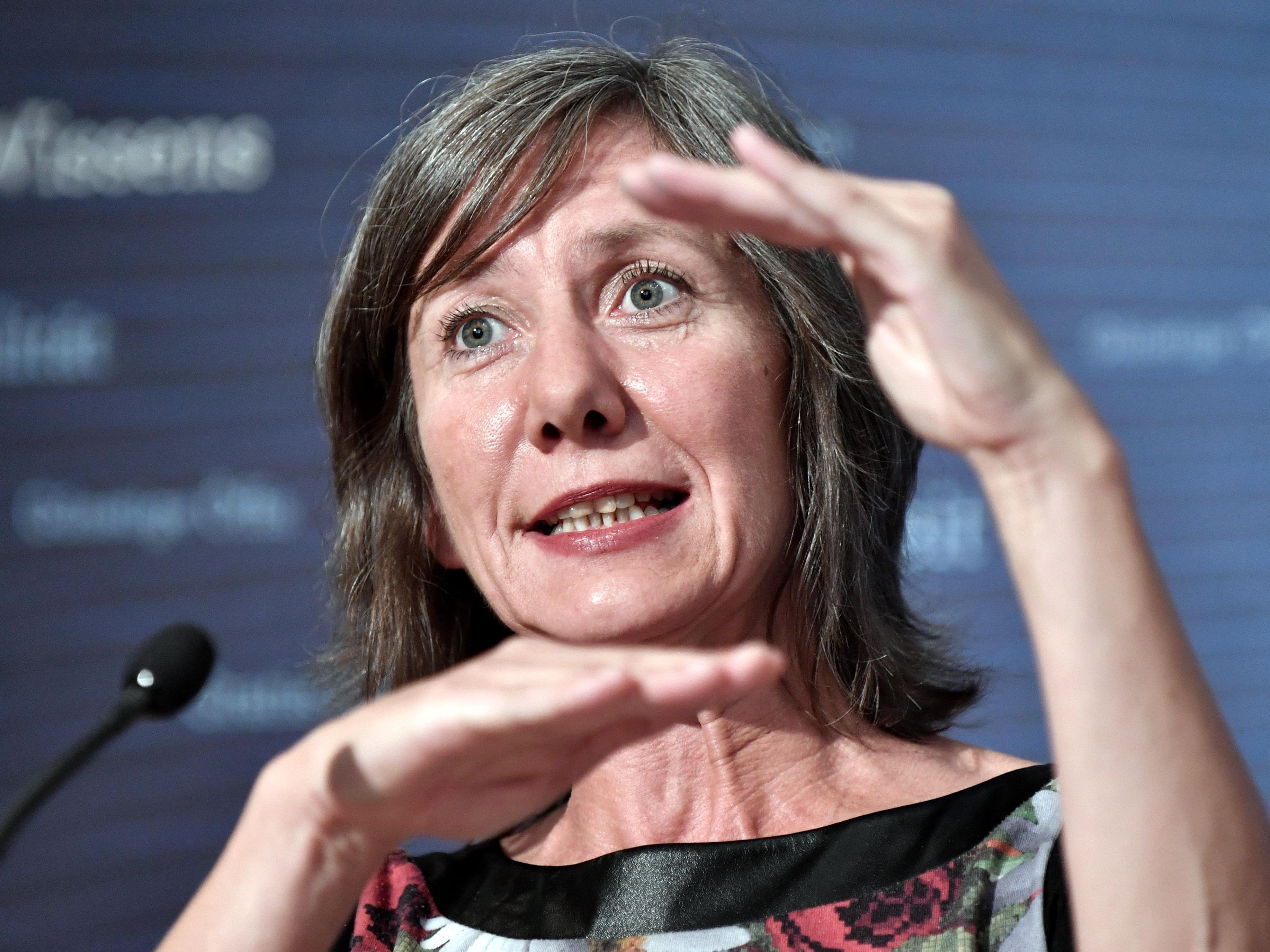 Sozialsprecherin Birgit Hebein (Grüne) wirft der ÖVP vor, den Neiddiskurs anzuheizen