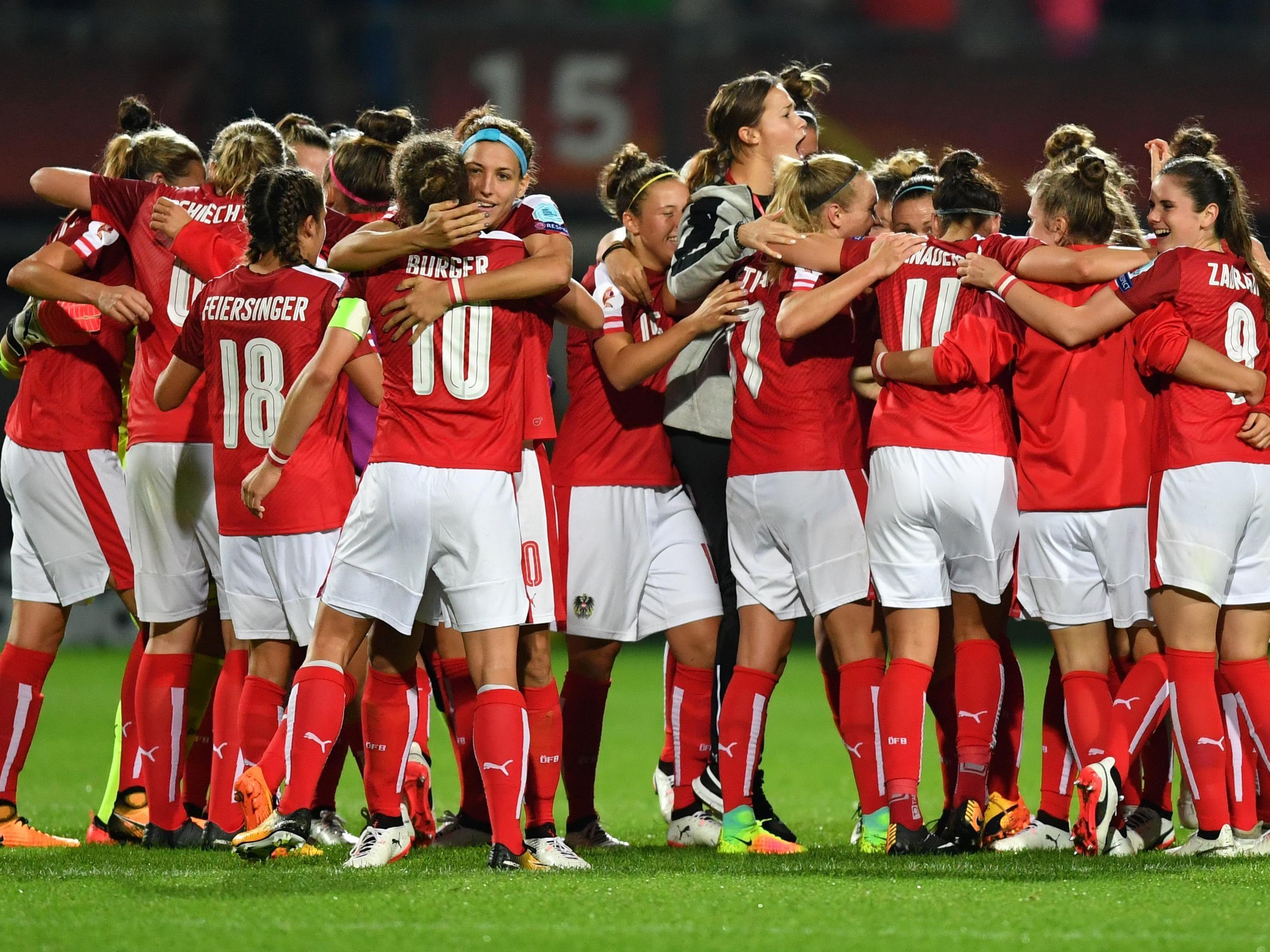 Grenzenloser Jubel bei den ÖFB-Frauen nach dem 3:0-Sieg gegen Island.