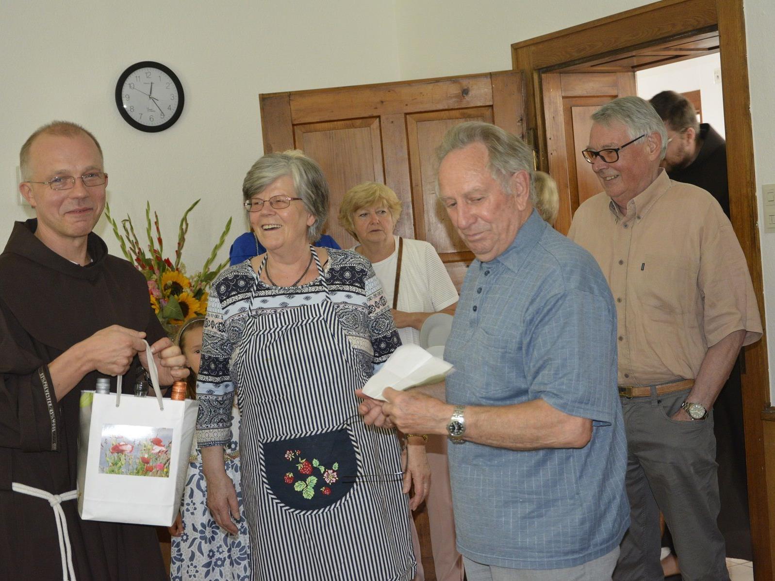 Sichtlich gerührt war Pater Guido über die vielen Gesten der Freundschaft bei der Abschiedsfeier.