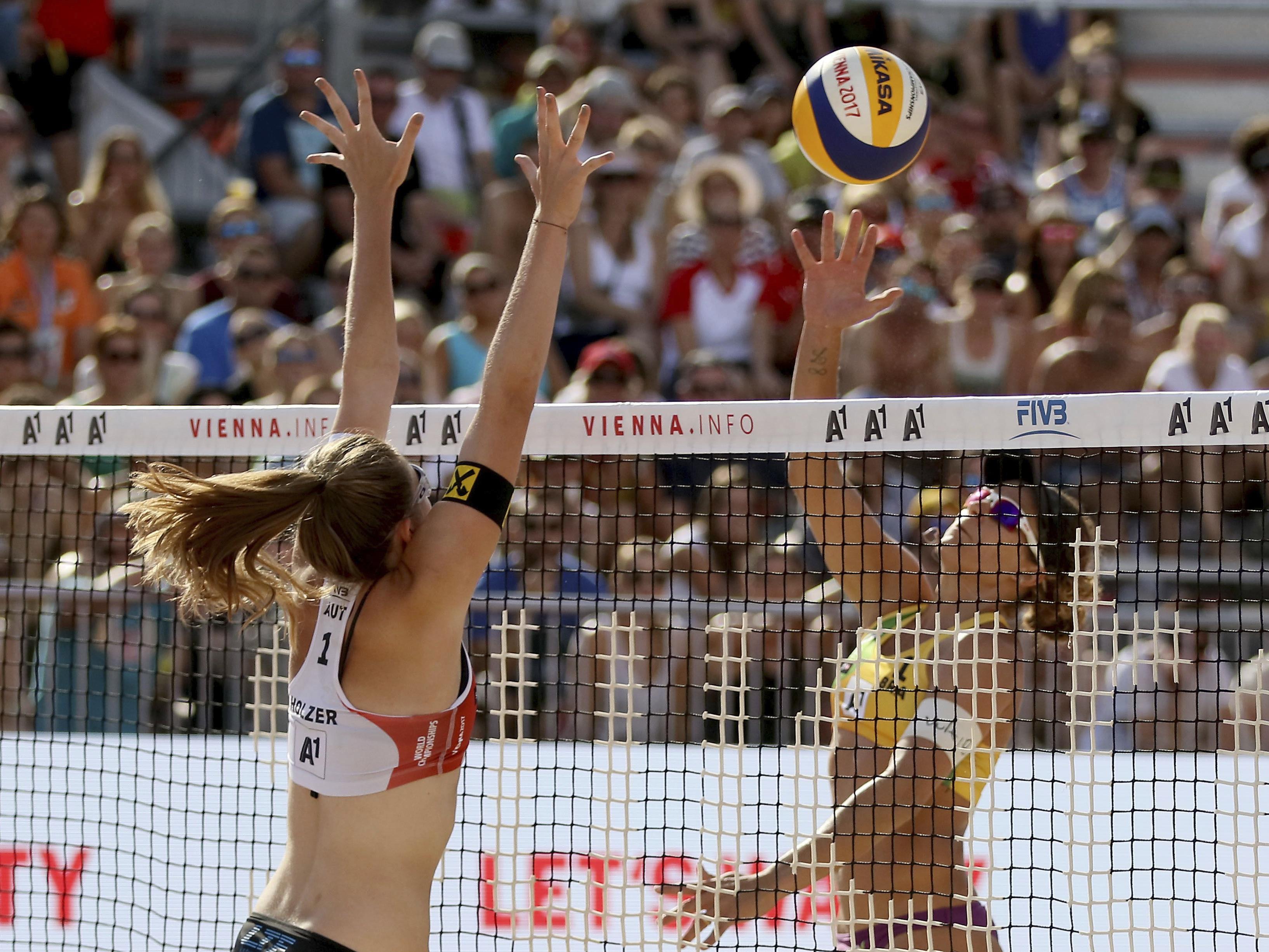 Strauss/Holzer unterlagen WM-Mitfavoritinnen Larissa/Talita.