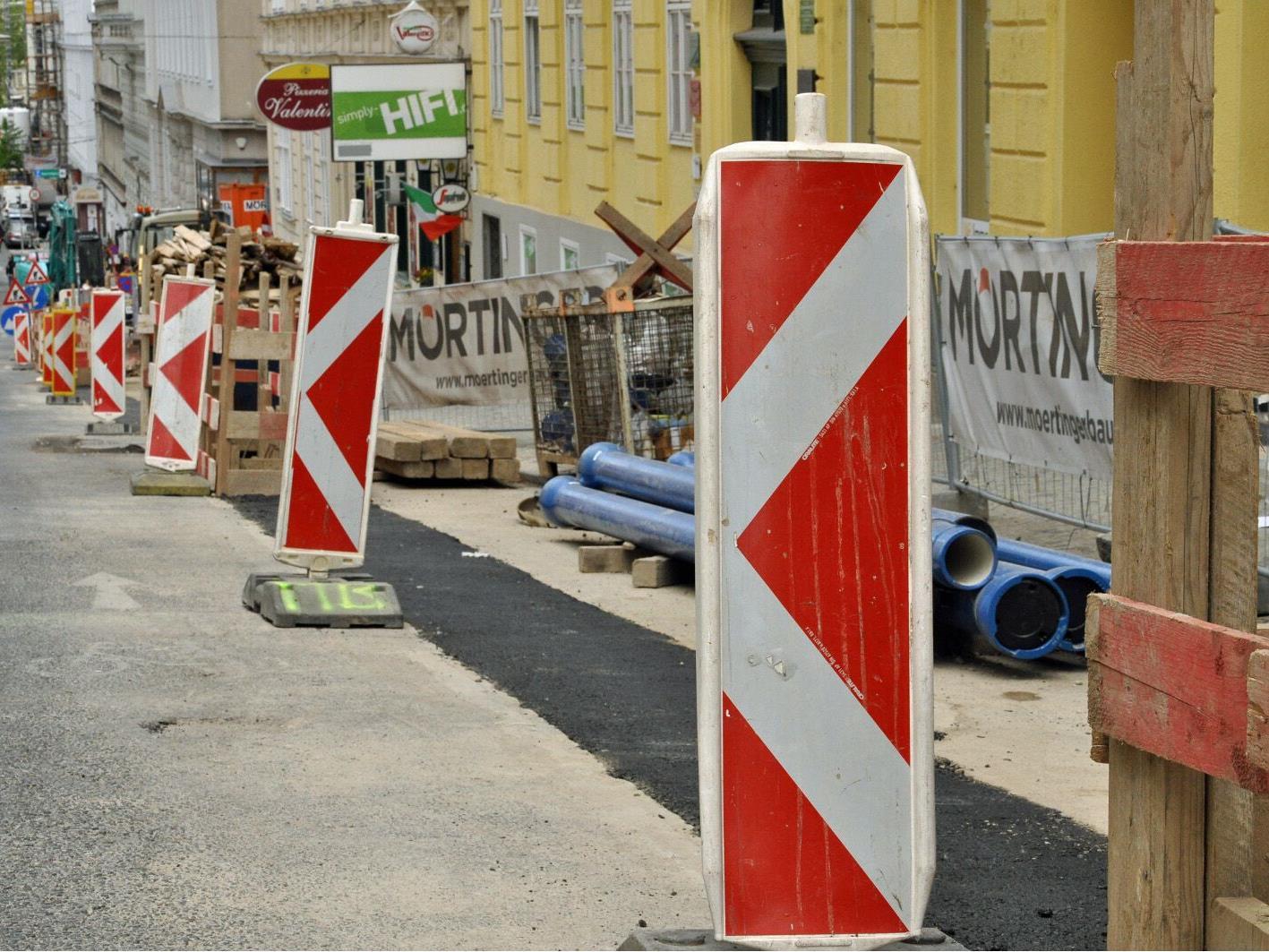 Auf der Meidlinger Hauptstraße wird den Sommer über gebaut.