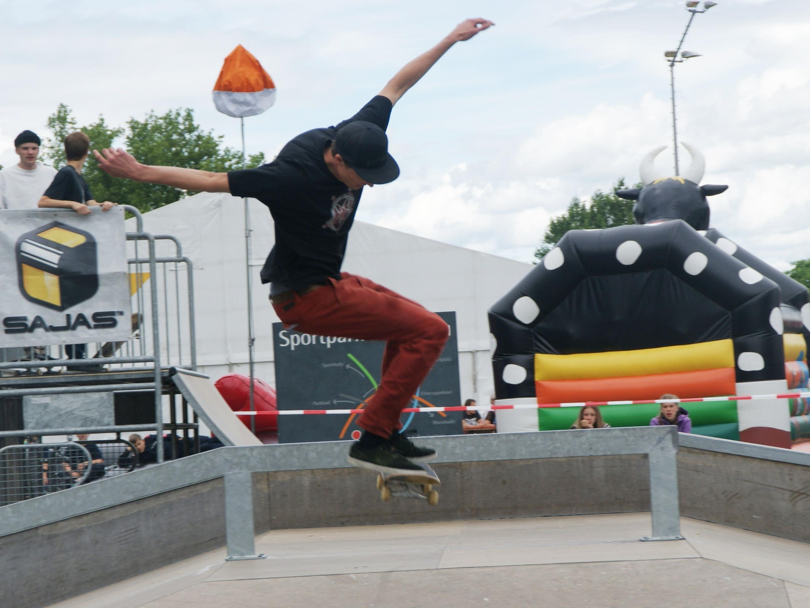 Waghalsige Stunts begeisterten das Publikum beim Skater-Contest