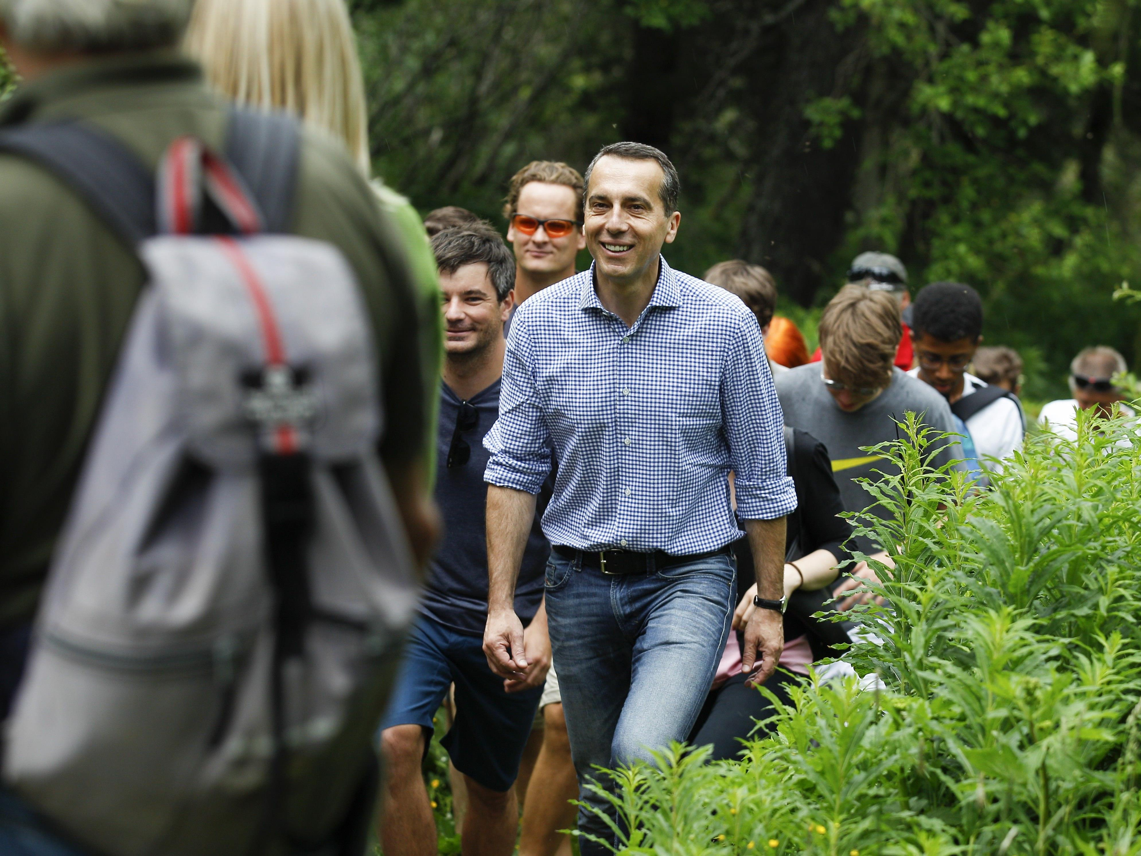 SPÖ-Chef Kern wanderte in der Steiermark