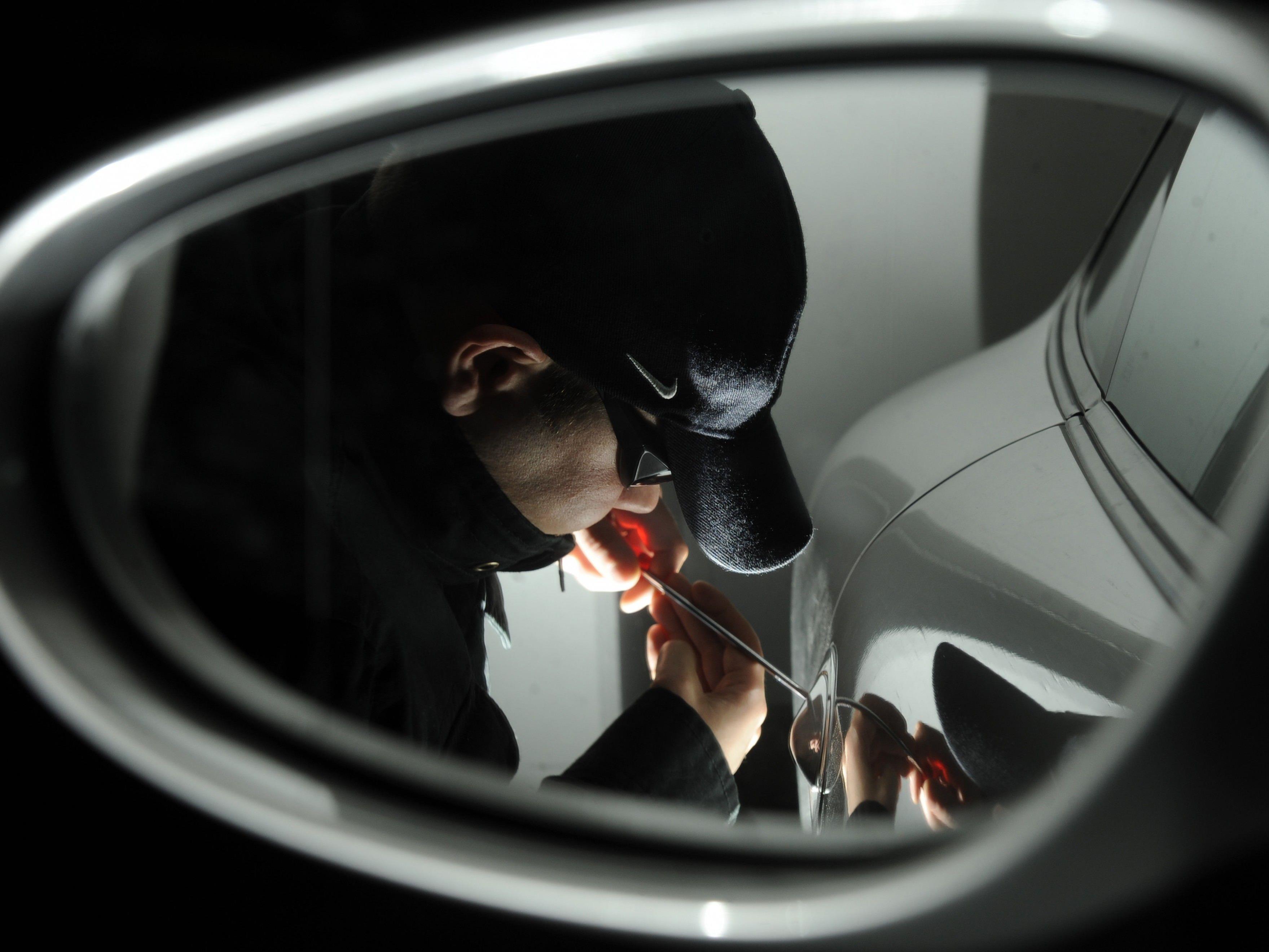 Ein PKW-Einbrecher wurde in Döbling verhaftet