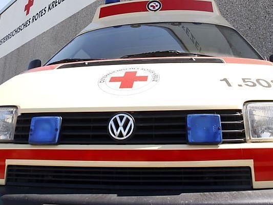 Die Frau wurde mit schweren Kopfverletzungen ins Spital gebracht