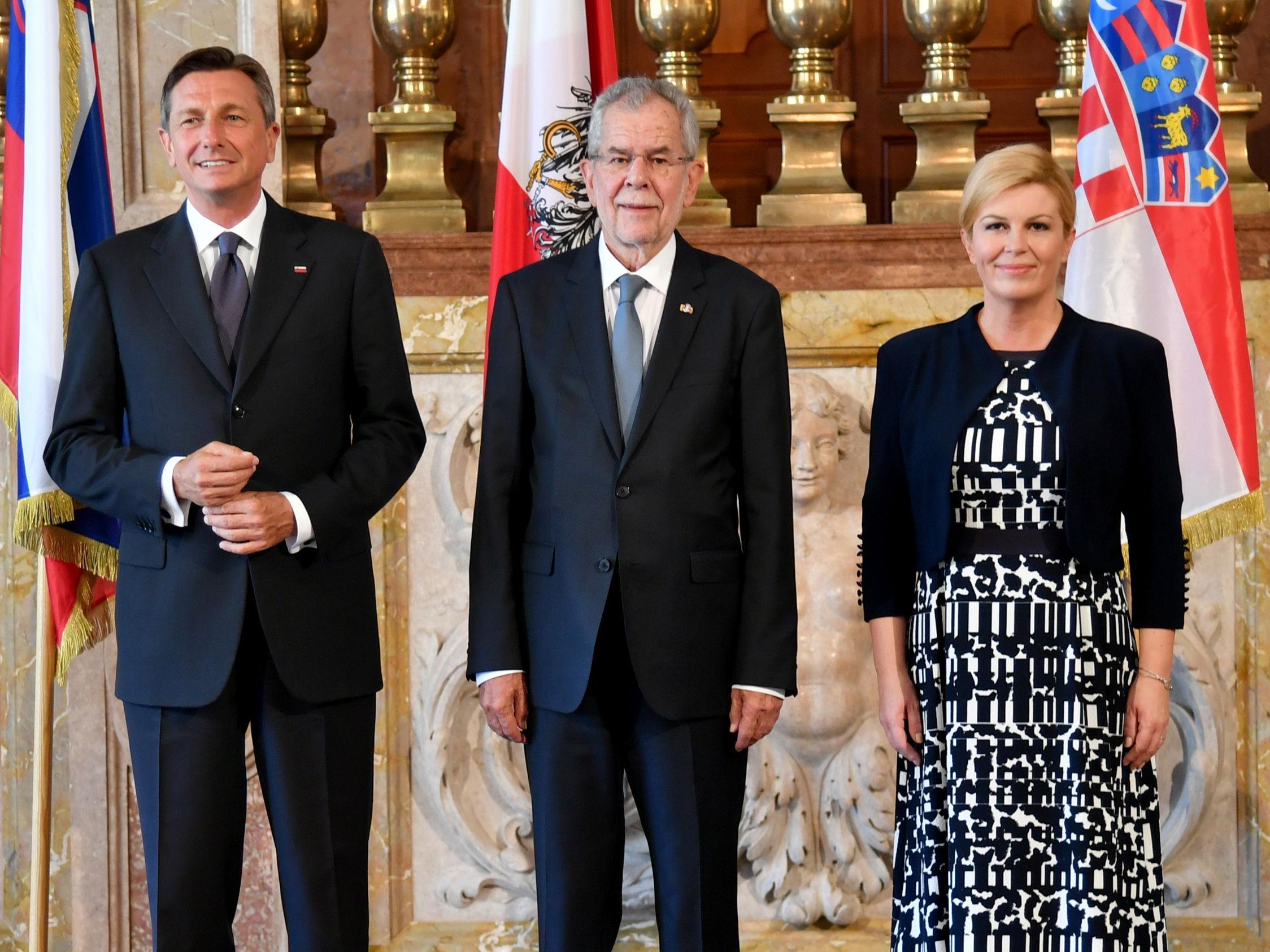 Die Staatsoberhäupter Sloweniens, Kroatiens und Österreichs beim Treffen in Salzburg