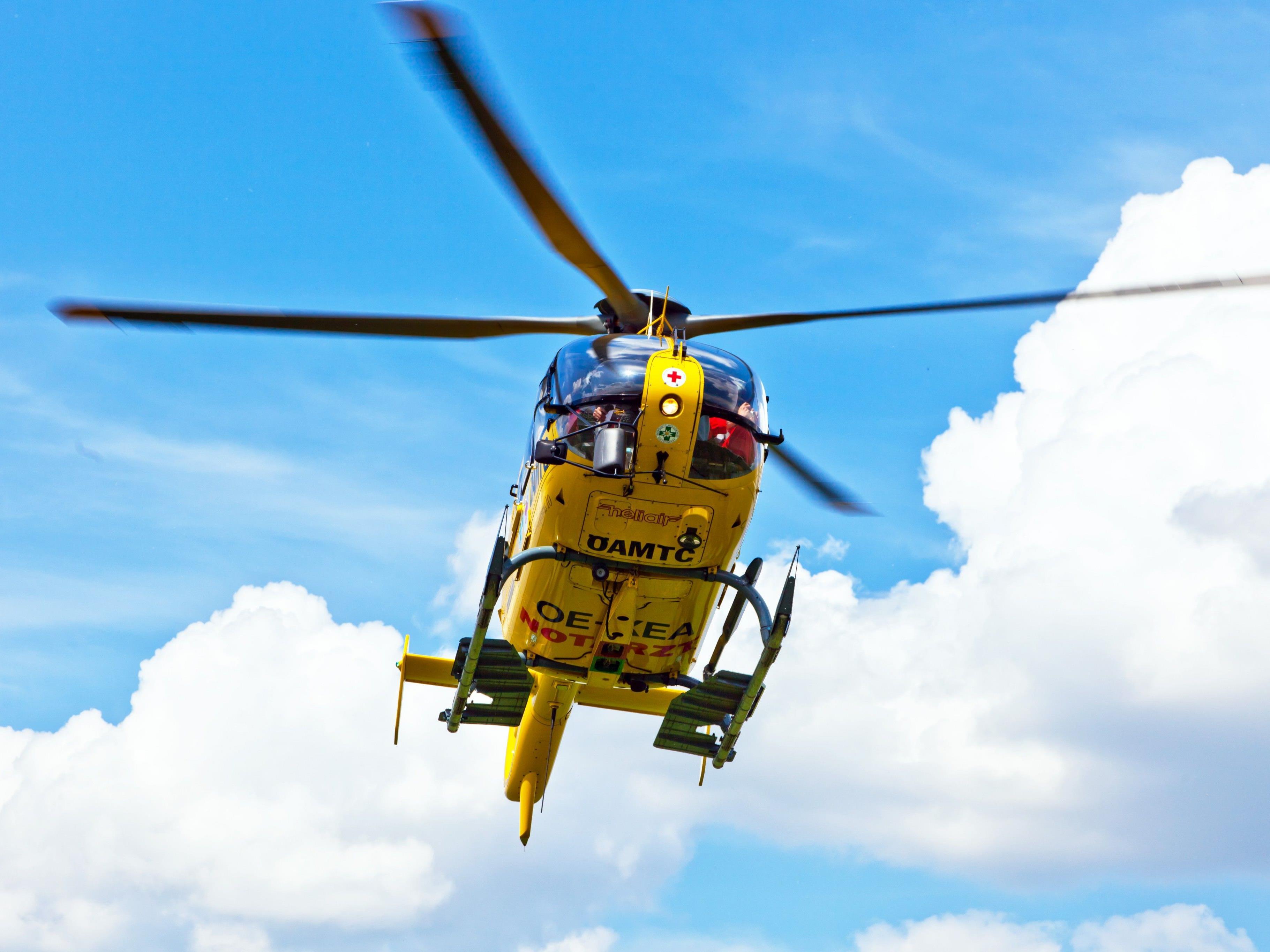 Ein 34-Jährige musste nach einem Verkehrsunfall in ein Spital transportiert werden