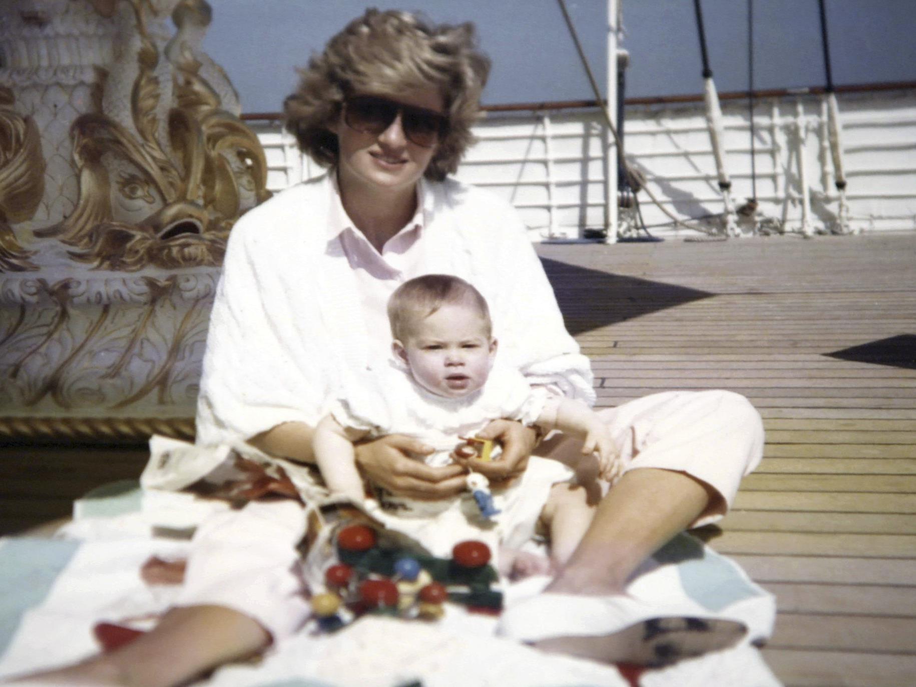 Diana zusammen mit Harry.