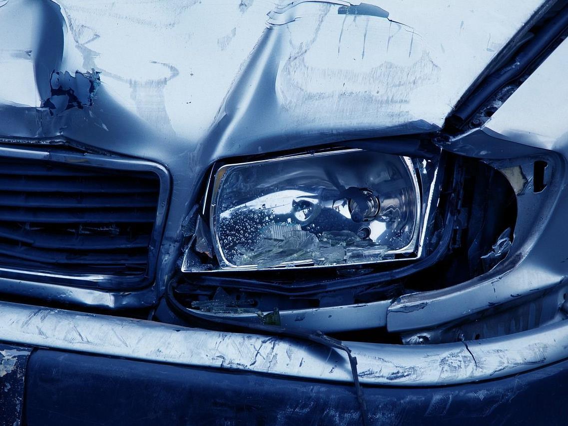 """Das """"gestohlene"""" Auto machte sich selbstständig und rollte einen Abhang hinab."""