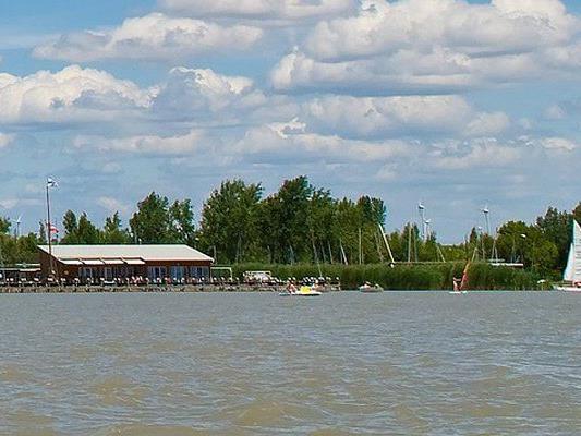 Ein Bootsunfall in Neusiedl am See forderte eine Verletzte
