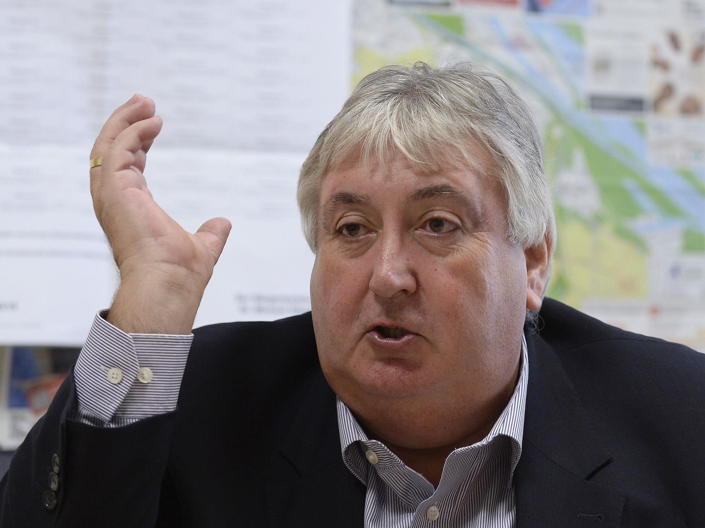 FPÖ-Bezirksvorsteher Paul Stadler will herkunft bei Parkpickerl-Befragung abfragen.