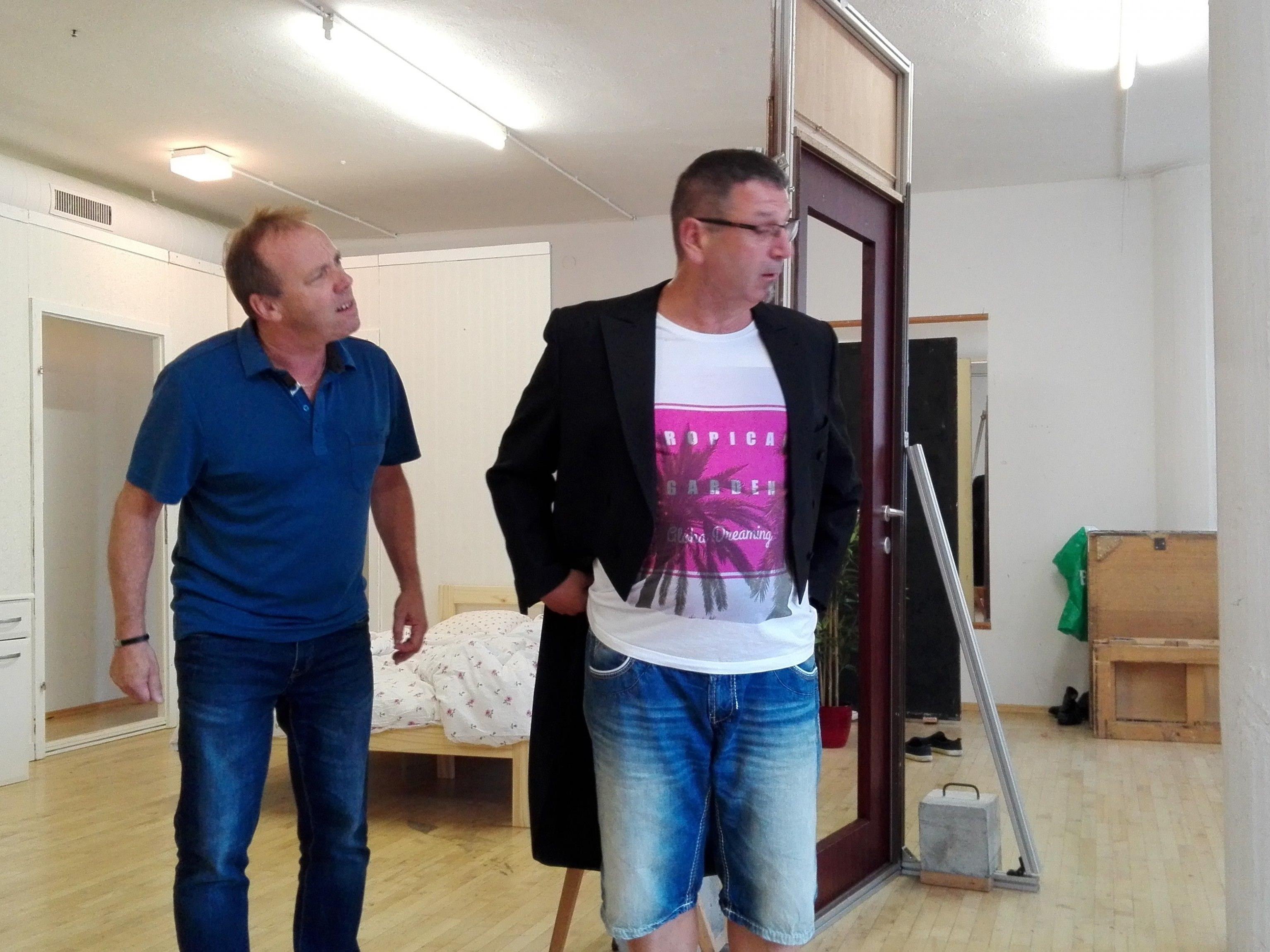 """Aktuell feilen die Süosslar noch am letzten Feinschliff - am Freitag steht bereits die Premiere von """"Do spielt d´Musig"""" an."""
