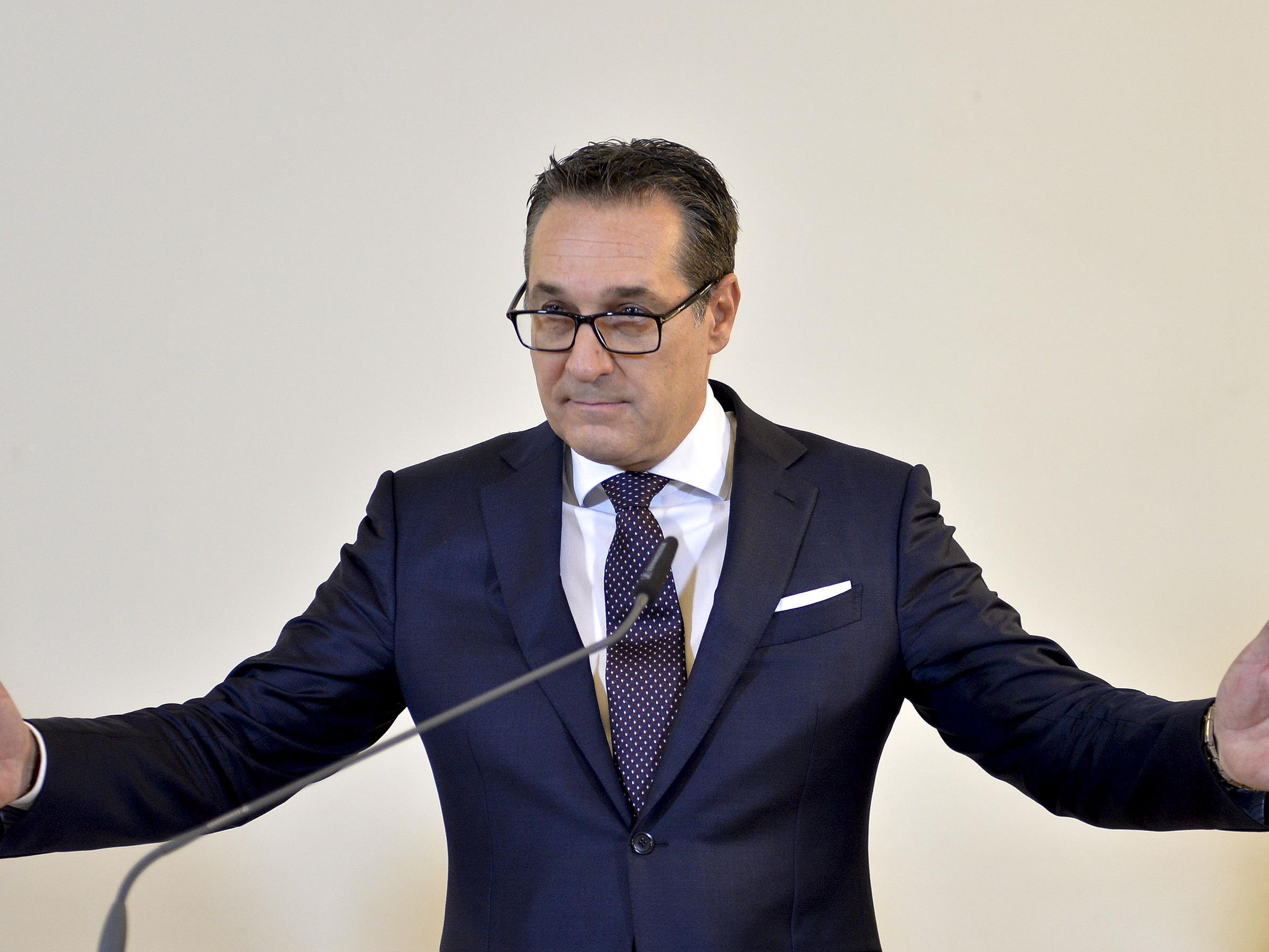 """Viezkanzler Strache sprach sich am Mittwoch in Rom für eine """"No-Way""""-Flüchtlingspolitik aus."""