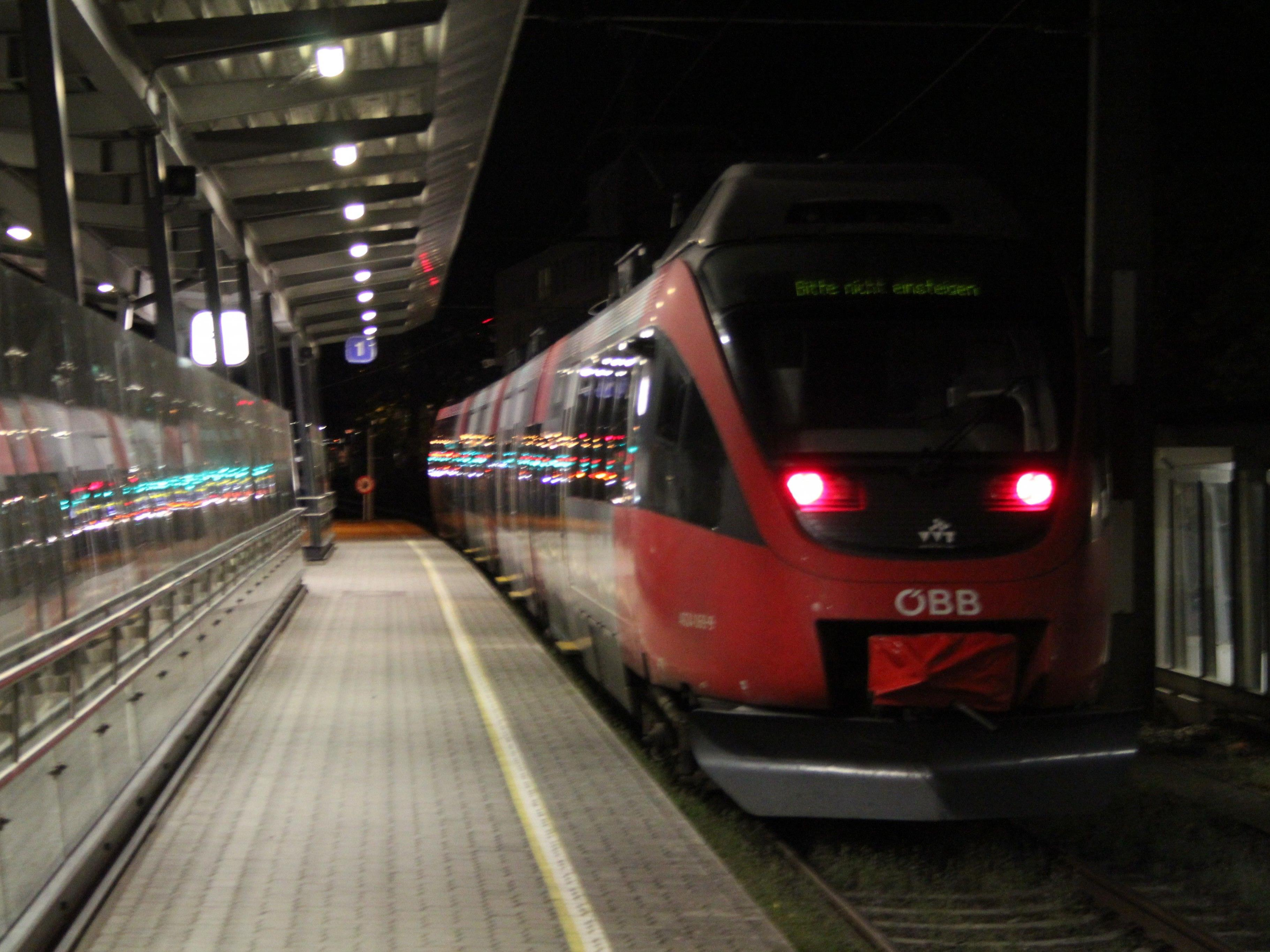 Baustellen behindern den Bahnverkehr im Sommer.