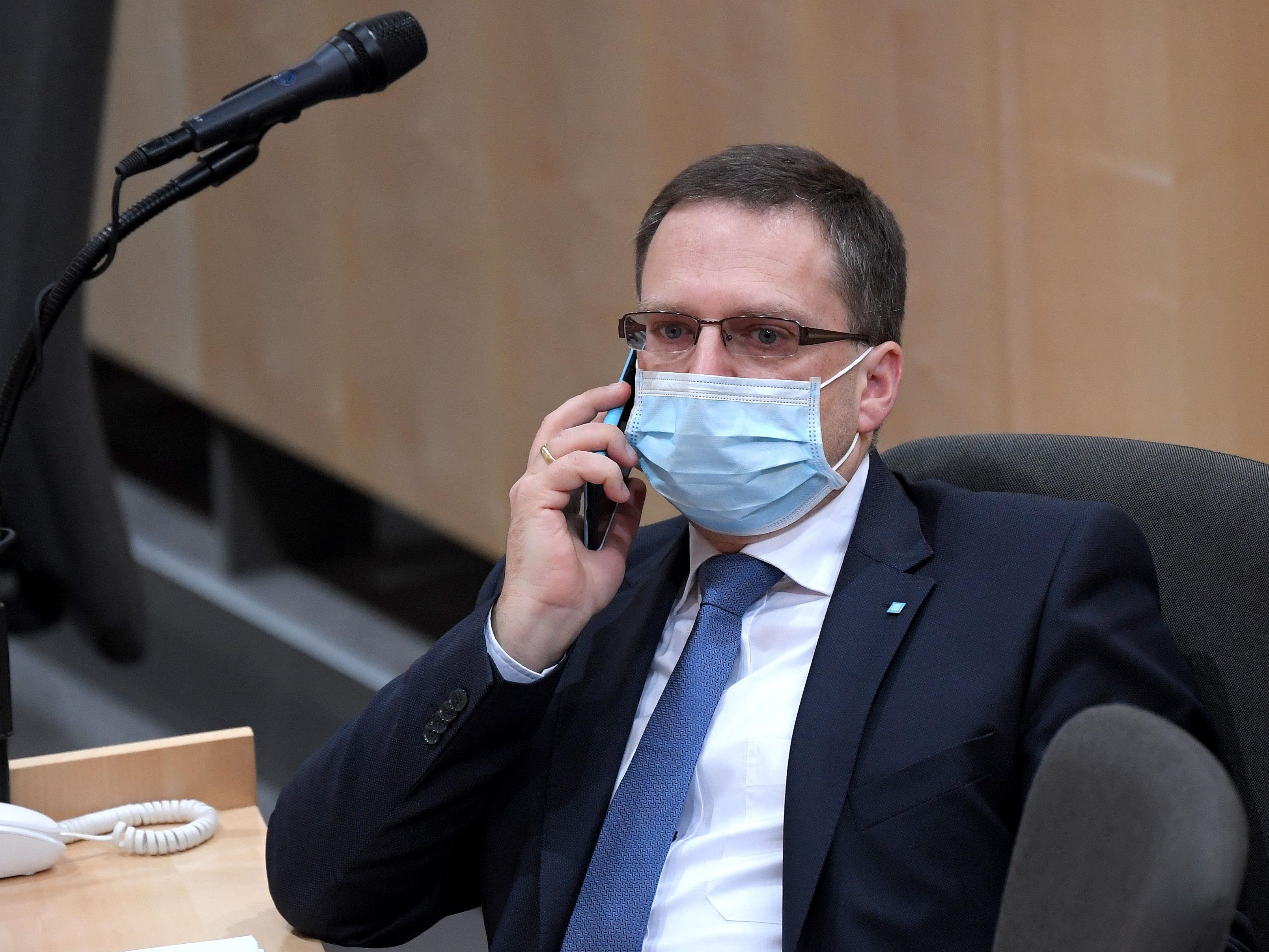 Wöginger appelliert an die Opposition um Vernunft und Verständnis.