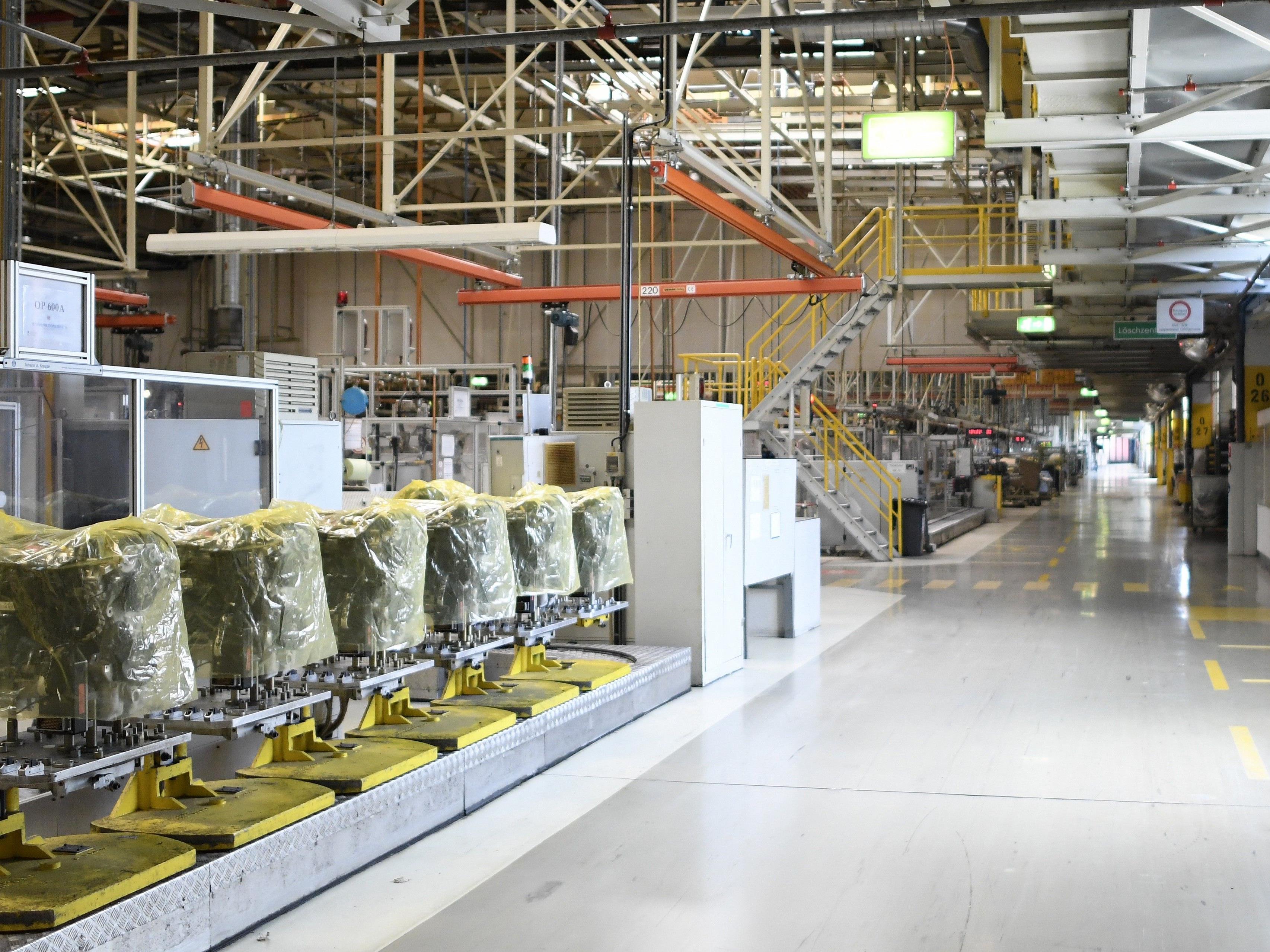 Das Opel-Werk in Wien-Aspern könnte im Schongang wieder hochgefahren werden.