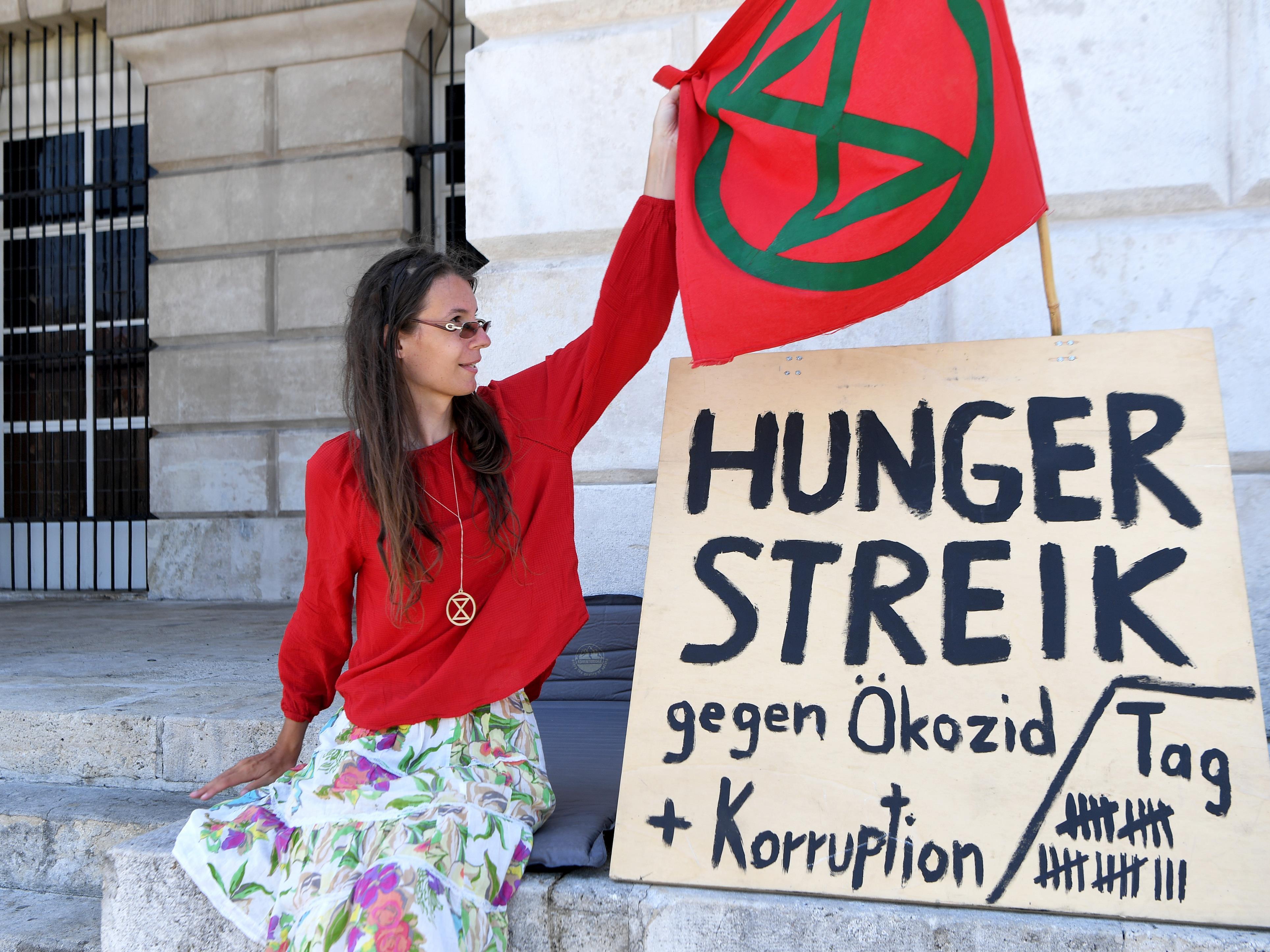 """""""So lange es geht"""" will die Klimaaktivistin im Hungerstreik bleiben."""
