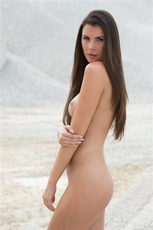 Olga im Sand